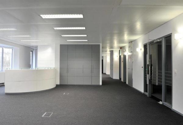 Albert Lago, Louise 240 immeuble de bureaux